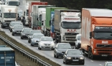 Власти Москвы не будут запрещать грузовикам ниже Евро-2 движение по МКАД