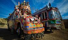 Душа и традиции пакистанского народа на кузове грузовика