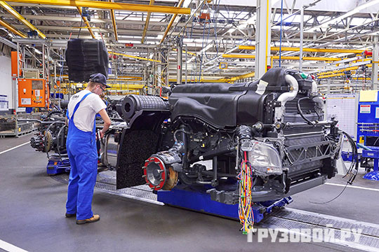 У DAF есть несколько заводов в разных городах по сборке грузовиков и компонентов для тягачей