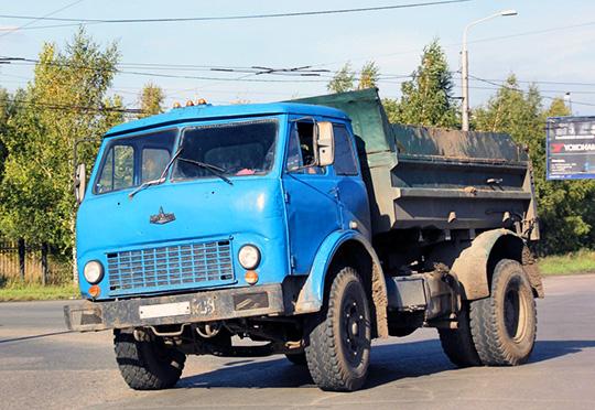 Многим грузовикам, зарегистрированным в России, скоро исполнится 20 лет