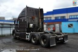 Volvo VNL [3]
